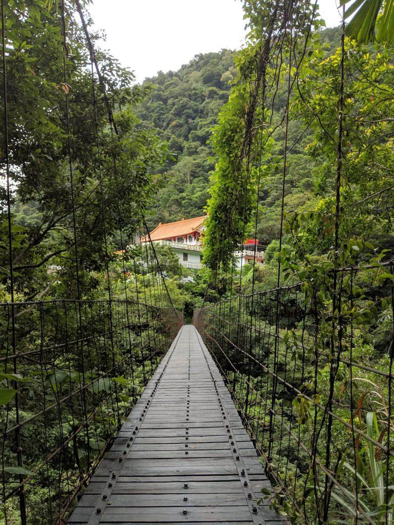 Guide to Taroko - Hiking - Bridge