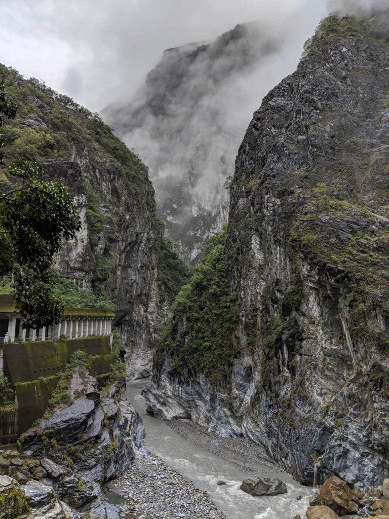 Guide to Taroko - Hiking - Gorge 2