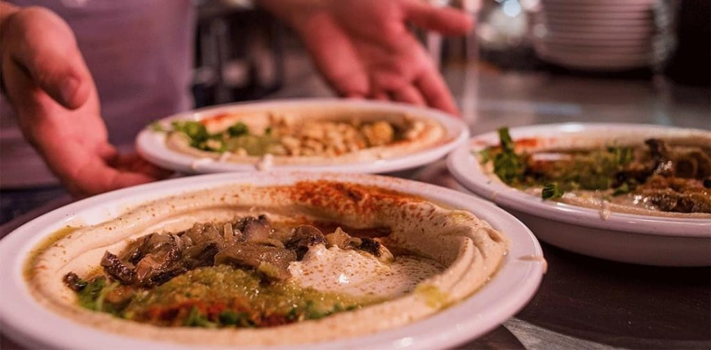 great vegan food for tel aviv - hummus with vegan shawerma from humusim