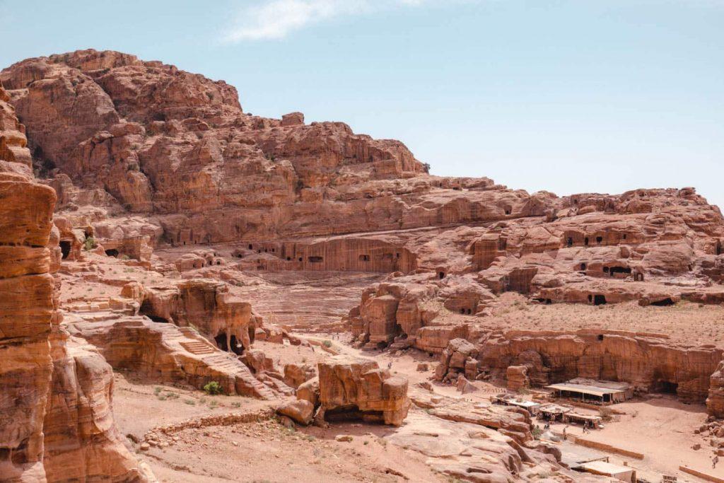 Hiking in Petra, and seeing Petra, ancient city of Petra Jordan