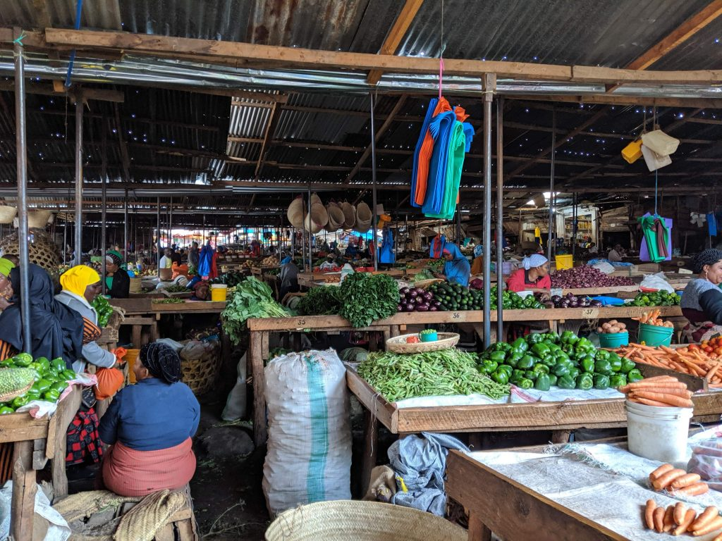 Tanzania Moshi Outdoor Fruit Market - learning Swahili in Tanzania and Kenya in two months