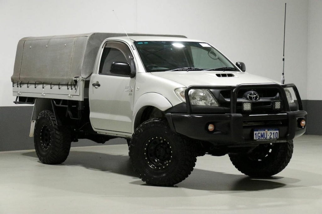 Toyota Hilux - a great, reliable 4x4 ute for a slide-on camper