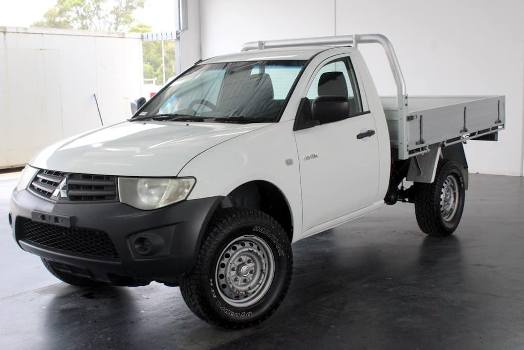 2010 Mitsubishi Triton Single Cab Chassis 4x4 ute - great for camping