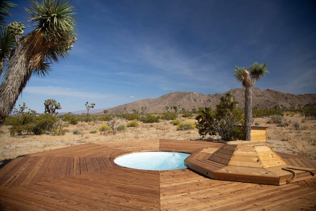airstream joshua tree airbnb outdoor jacuzzi
