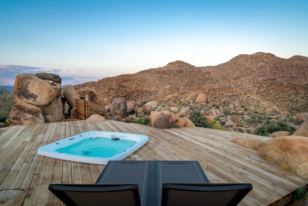 cielito lindo joshua tree airbnb california retreat - outdoor jacuzzi