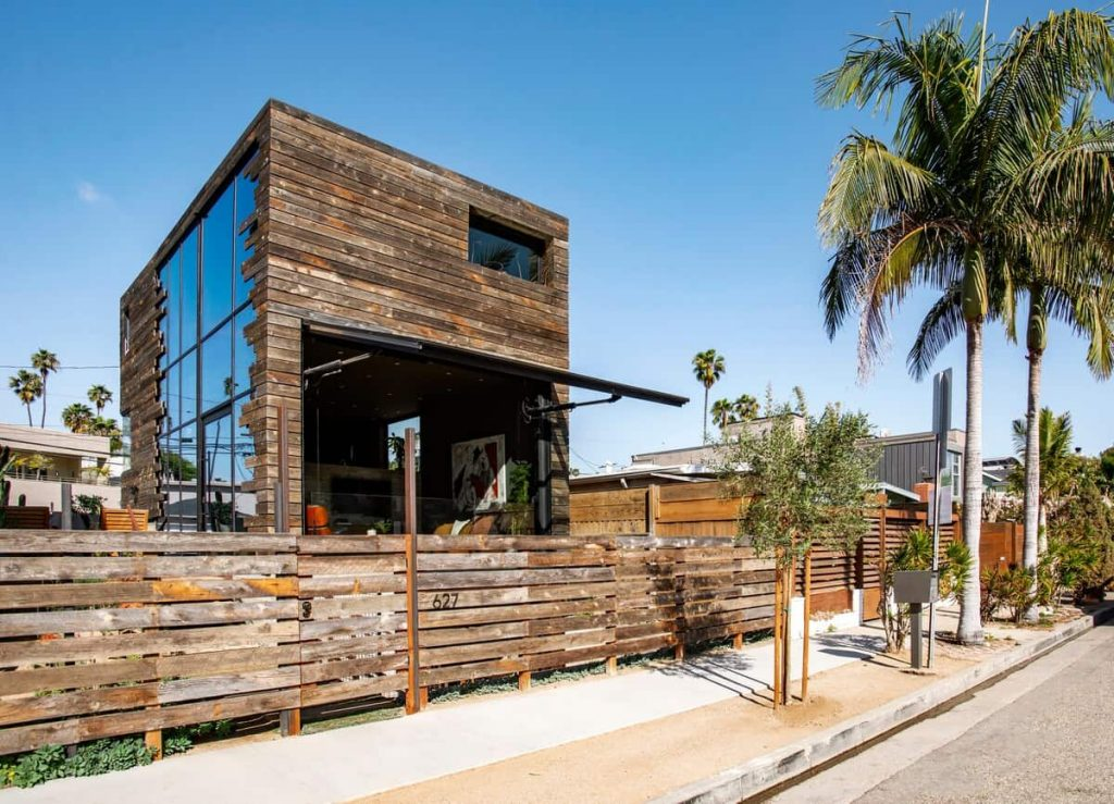 Oxford Open Air Home Airbnbs in Los Angeles